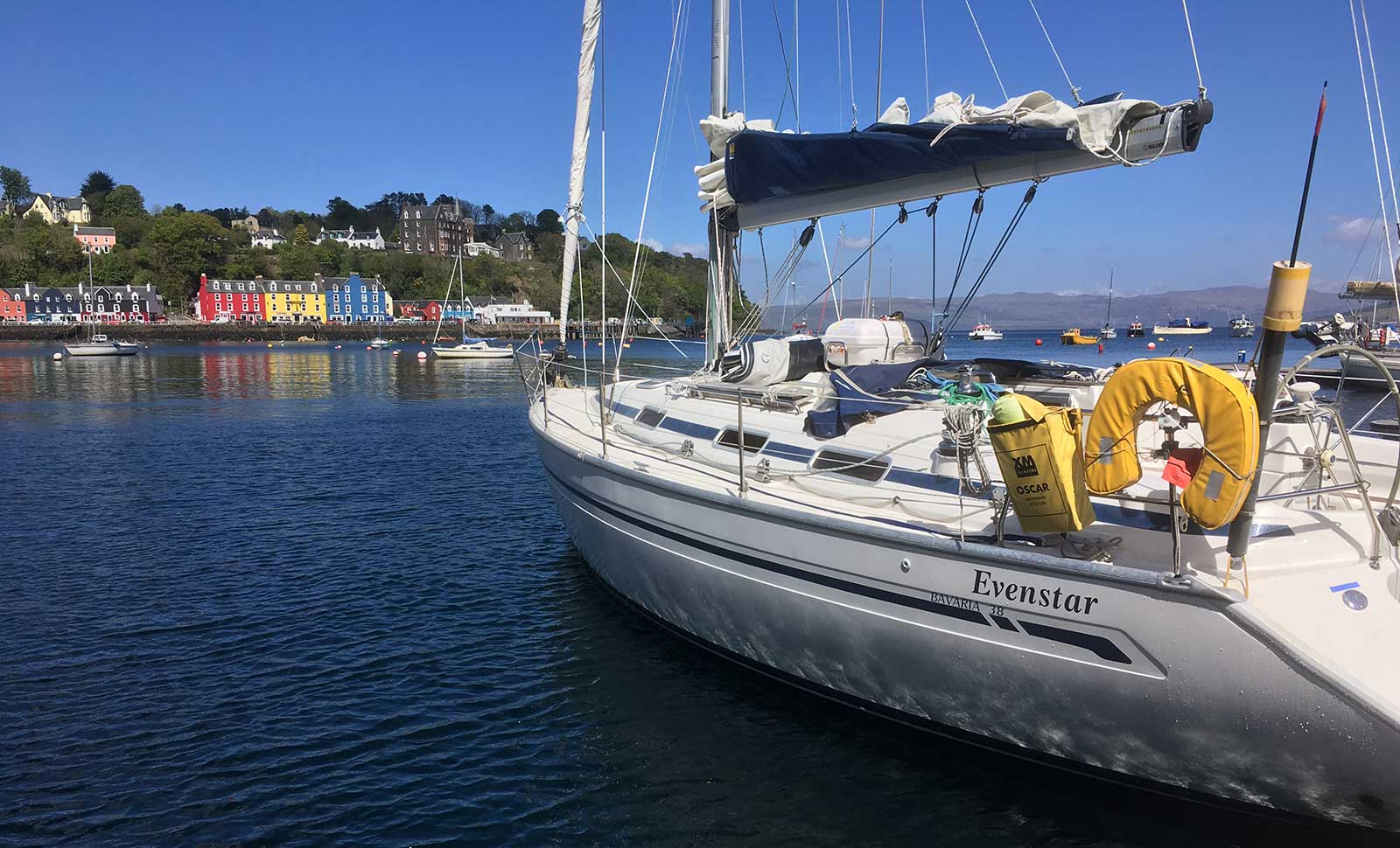 Crystal Yacht Charter
